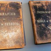 "Album around 1875-1880  ""fotografier fra Norge og Sverrig"" . Two albums, nice leather covered,  with 42 losely inserted photographs of Townviews topgraphy Sweden & Norway . Christiania, Torved, Bergen, Stockholm, Göteborg. 2 albums 600 euro ex porto. Norway, Sweden, Sverige, Foto''s: A Jonason , Knud Knudsen, Axel Lindahl ."